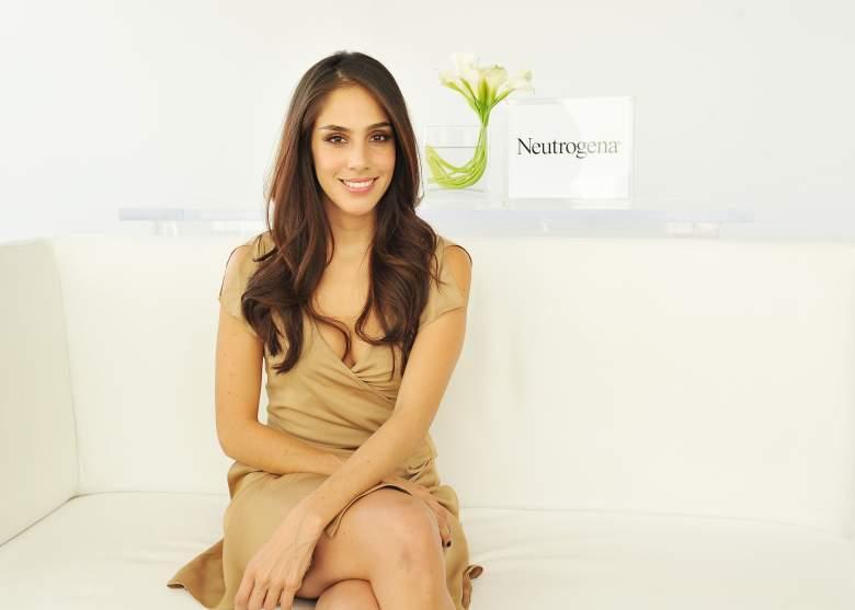 Sandra Echeverría celebra su aniversario de boda con Coronavirus: ¿Quién la cuida?