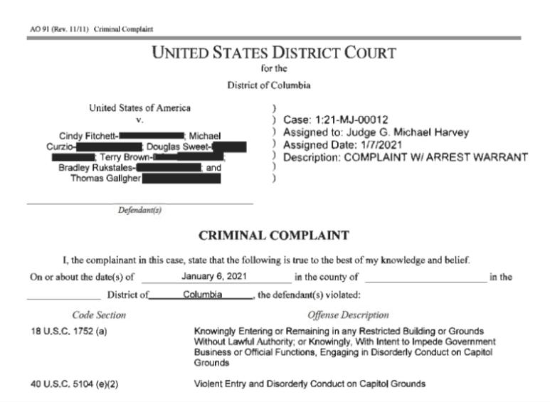 Michael Curzio enfrenta dos cargos federales relacionados con el asalto al Capitolio el 6 de enero de 2021.