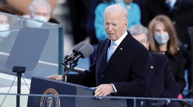 El presidente Joe Biden pronuncia su discurso inaugural el 20 de enero de 2021.