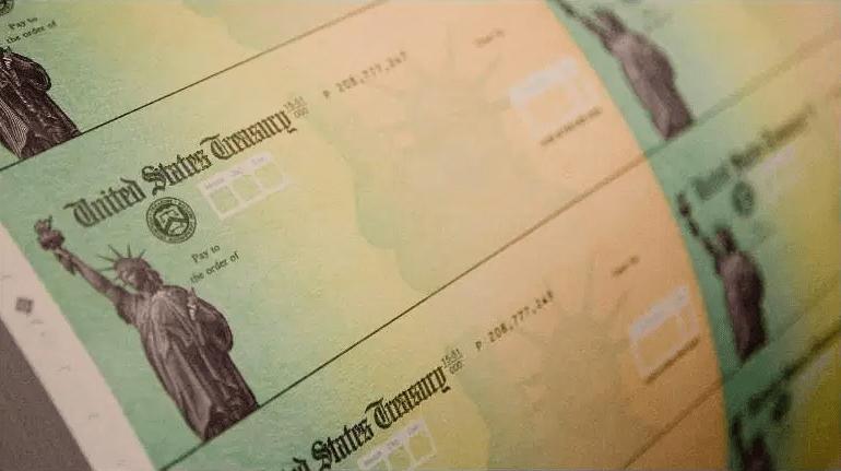 Si tuvo problemas para recibir un pago de ayuda económica, cosas como configurar el depósito directo para su próxima declaración de impuestos pueden ayudar.