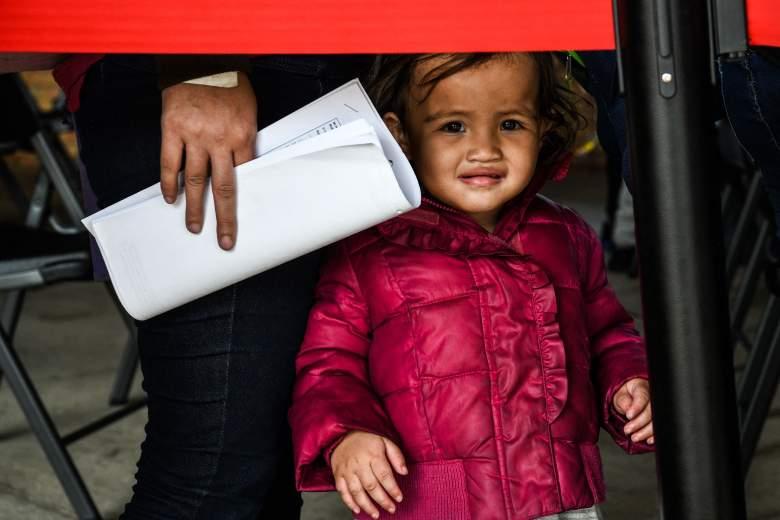 Fotos de niños en albergues en la frontera en condiciones terribles