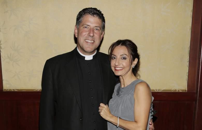 Qué pasó con el padre Alberto y su mujer?