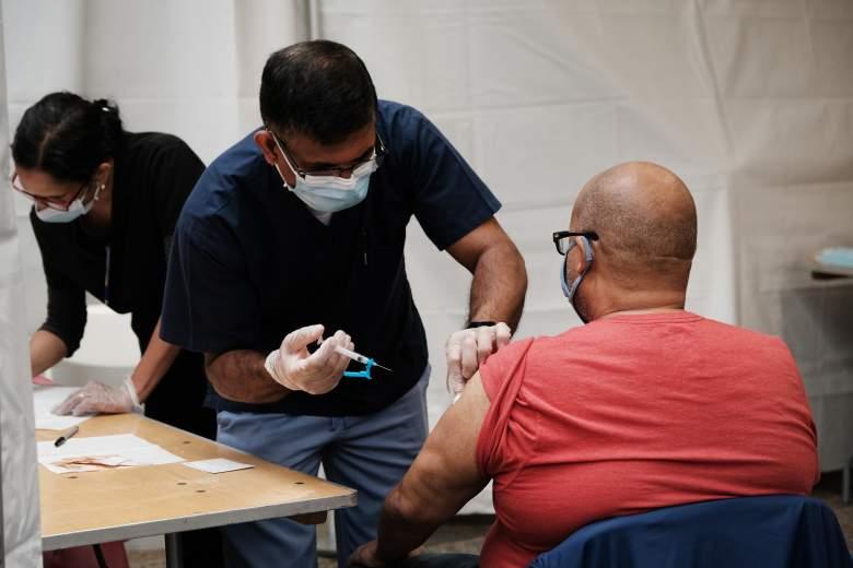 Reportan 28 casos de efectos adversos de coágulos tras vacuna Johnson & Johnson