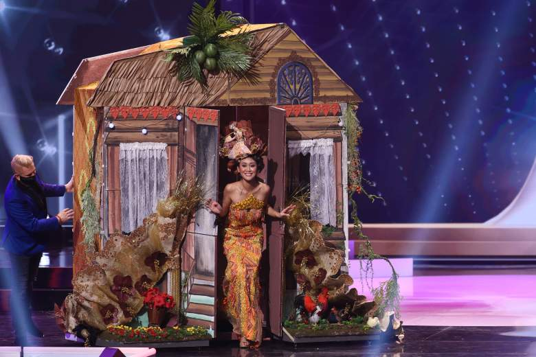Miss Univers 2021 - Costume national