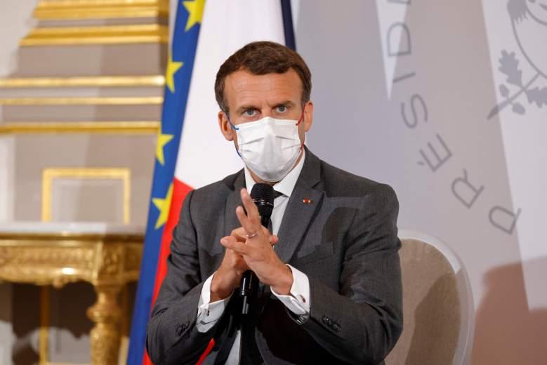 El presidente francés, Emmanuel Macron, asiste a una reunión con representantes de ONG antes de la Cumbre del G7, en el Palacio del Elíseo en París, el 9 de junio de 2021.