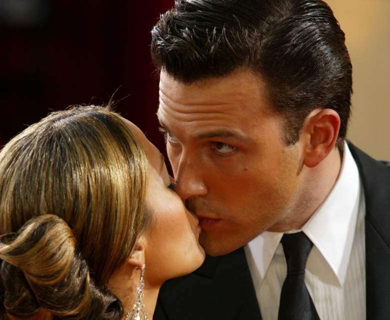 Jennifer López se besa con Ben Affleck delante de sus hijos y la atacan en redes