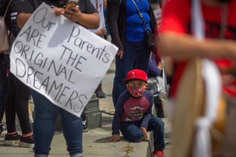 Indocumentados pueden pedir crédito por hijo de $3,600?