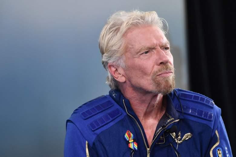"""Sir Richard Branson habla después de que voló en el espacio a bordo de un recipiente galáctico virgen, un viaje que describió como la """"experiencia de una vida"""", y uno que espera que conduzca con la era del turismo espacial lucrativo en SpacePort America, cerca de la verdad y las consecuencias."""