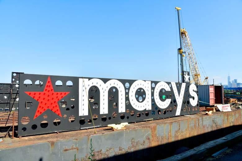 Los fuegos artificiales del 4 de julio de Macy's toman forma mientras se preparan más de 65,000 proyectiles y efectos para la celebración del Día de la Independencia más grande del país el 29 de junio de 2021 en la ciudad de Nueva York.