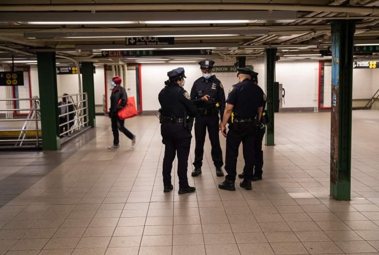 Pasajero del Subway de Nueva York atacado a martillazos
