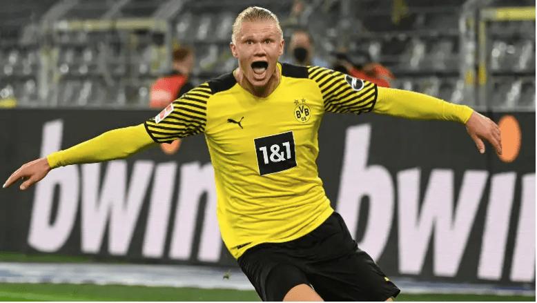 Erling Haaland celebra el gol contra el Hoffenheim.
