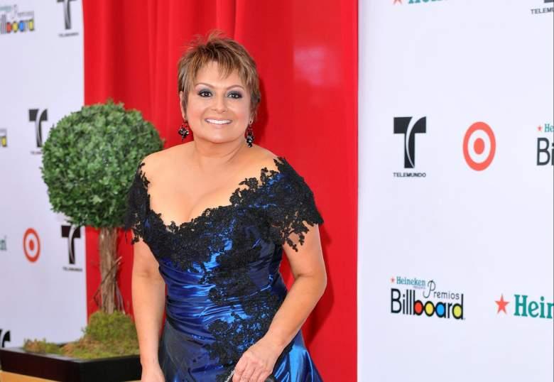 María Antonieta Collins ayuda a concursantes de Nuestra Belleza Latina en pleno huracán